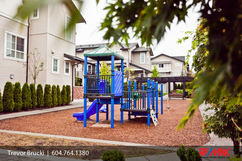 Glenmore Townhome 2 2450 161a St Morgan Heights Near